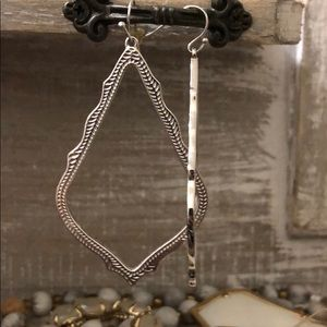 dangle silver no stone earrings